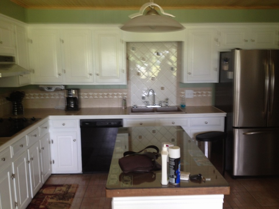 open eat-in kitchen w all new appliances open eat in kitchen with island and all new appliances